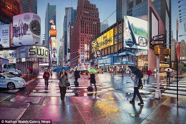Realist pintor Nathan Walsh, de York, passou os últimos 12 anos pintando os intrincados detalhes de cidades como Nova York, Paris e Barcelona.  Na foto é Times Square, em Nova York