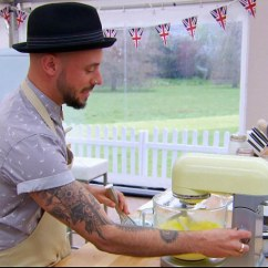 Kitchen Aid Standing Mixer Chalkboard In The Great British Bake Off Scandal As Kitchenaids ...