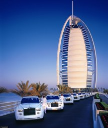 Night In Dubai' 7-star Burj Al Arab With Revolving