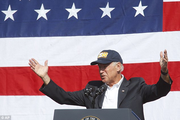 Joe Biden rouses crowd at Pittsburgh rally
