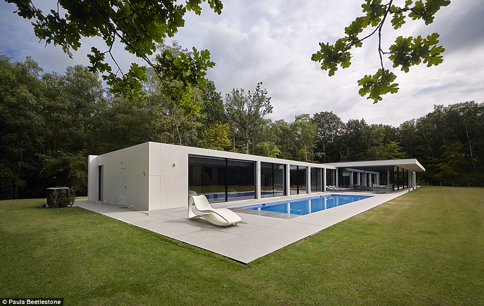 Grand Designs features vast project with a lounge big