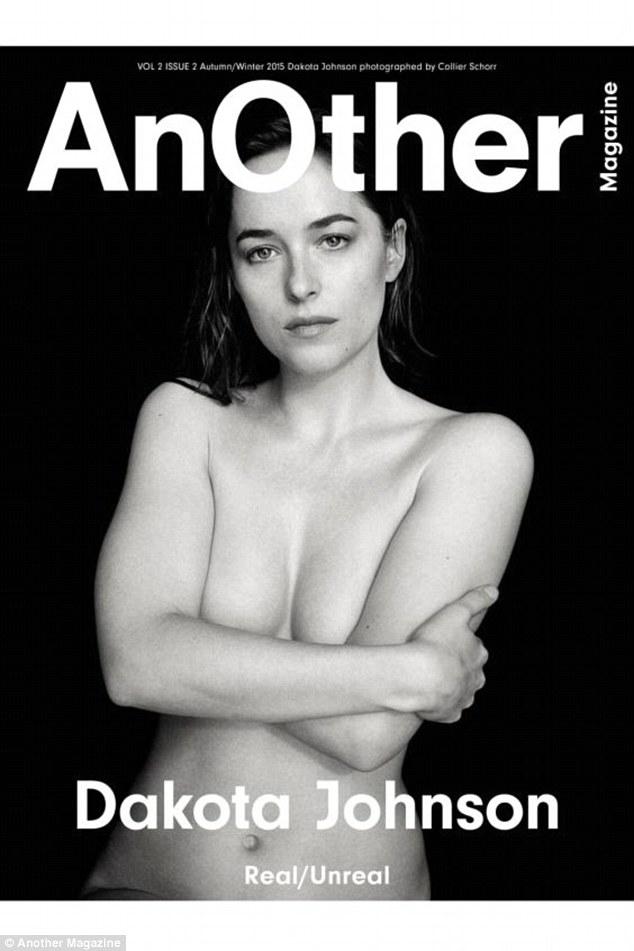 Foto Topless Dakota Johnson Untuk Cover Majalah AnOther magazine