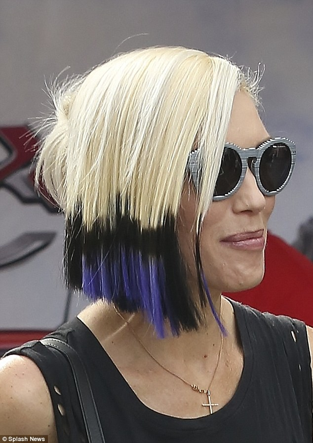 Gwen Stefani Shows Off Her Punky New Hairstyle One Month