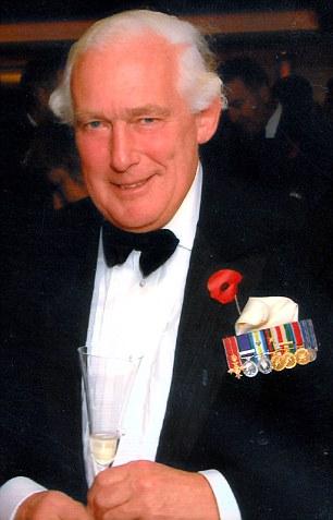 Lieutenant Colonel Ewen SouthbyTailyour backs murder