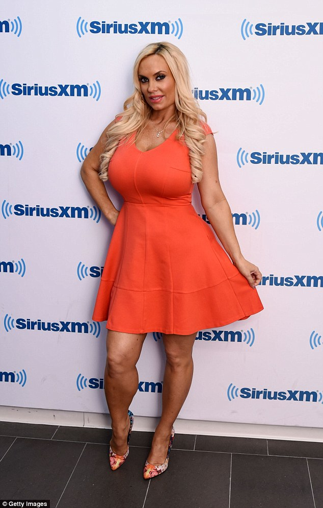 Coco Austin Is Seven Months Pregnant But Doesnt Look It