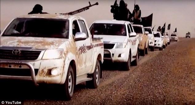 Funcionarios estadounidenses que he visto cientos de Toyota SUV y camionetas desfilaron por Libia, Siria e Irak en los videos de propaganda ISIS están exigiendo respuestas de la automotriz.