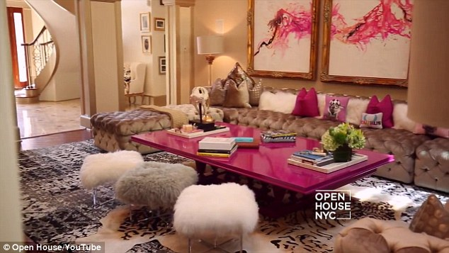 how to decorate my living room with a sectional colour schemes grey sofa real housewives of atlanta's kandi burruss reveals her ...