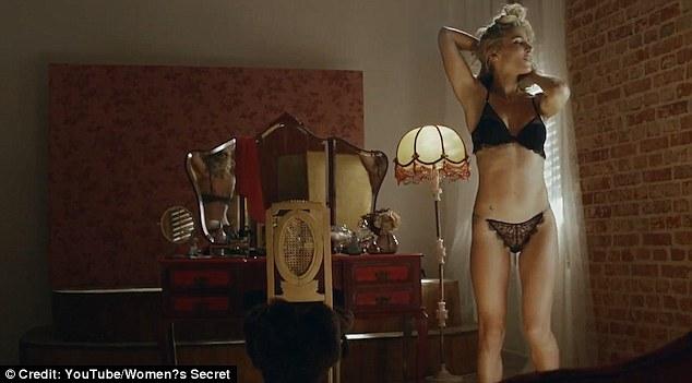 spanish sofa brand french style elsa pataky sings in lingerie for women's secret advert ...