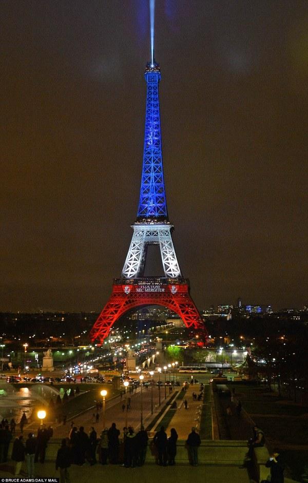 Paris Eiffel Tower Lit Up