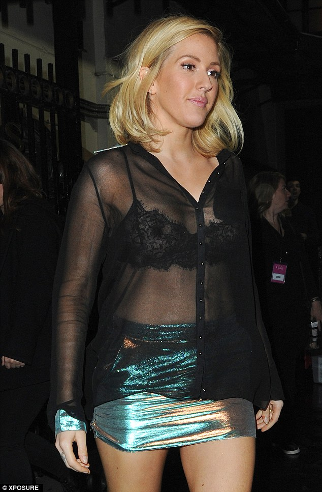 Ellie Goulding Flaunts Her Incredible Curves In Sexy