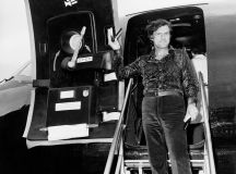 Inside Hugh Hefner's private Playboy jet The Big Bunny back in the 1960s | Daily Mail Online