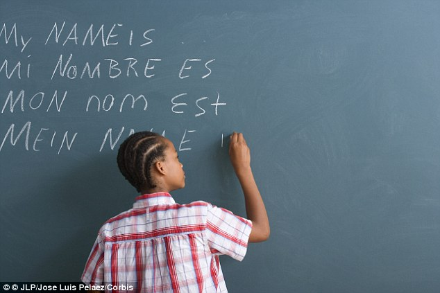 People who only know one language make better judgements than bilinguals | Daily Mail Online