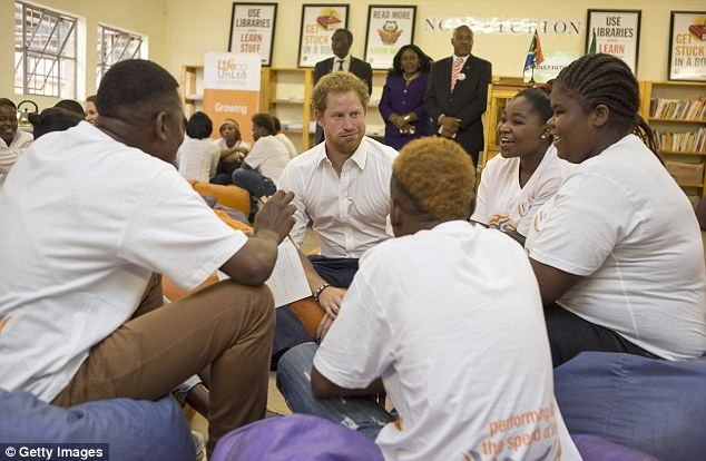 Students enjoyed a lively conversation with the Prince in  relaxed surroundings