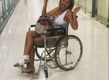 Aisleyne Horgan-Wallace flashes her ample assets in ...