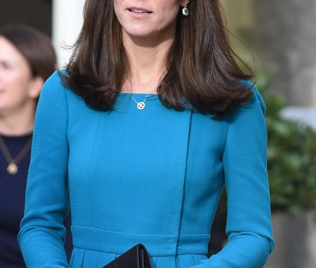 Kate Sports Her New Style In Wiltshire Last Week Over The Last Six Months She