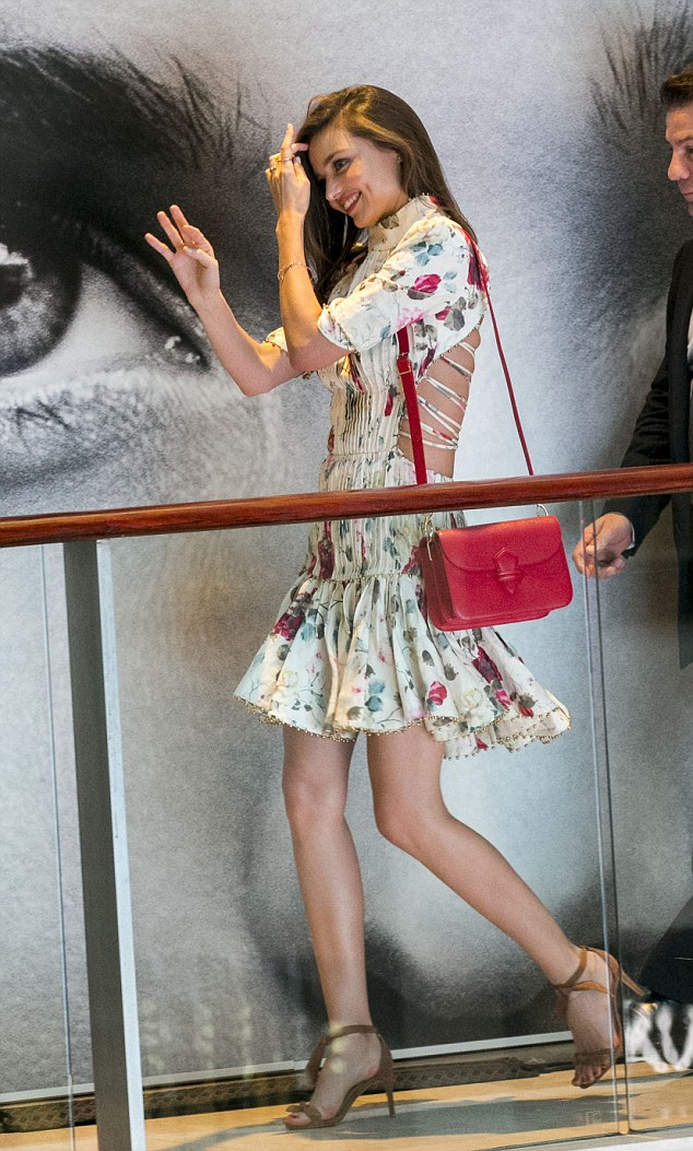 Victoria Secret Online Store