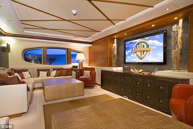 Super Yacht Owned By Vladimir Putins Former Media Strongman Floats Abandoned In Brisbane River