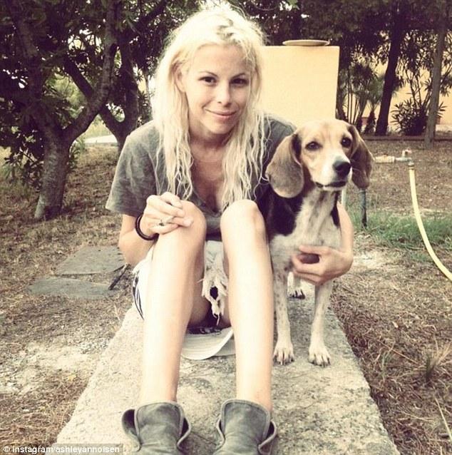 Víctima: Olsen murió cuando ella fue estrangulada con un cable USB o el cable, la autopsia ha encontrado