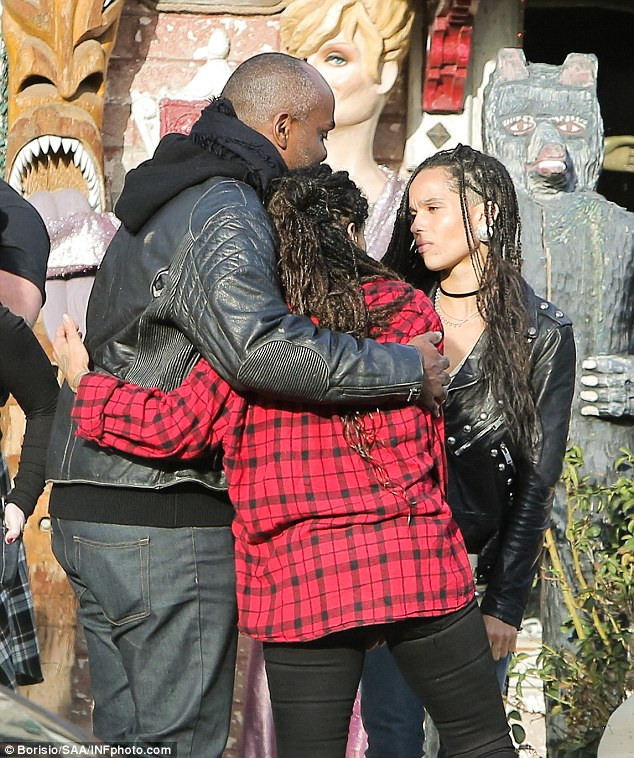 Zoe Kravitz Wraps Up For Retail Therapy With Mum Lisa
