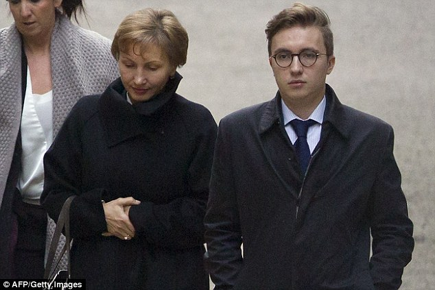 Mrs Litvinenko arrived at the High Court today with her son Anatoly Litvinenko to hear the results of the public inquiry into her husband's death