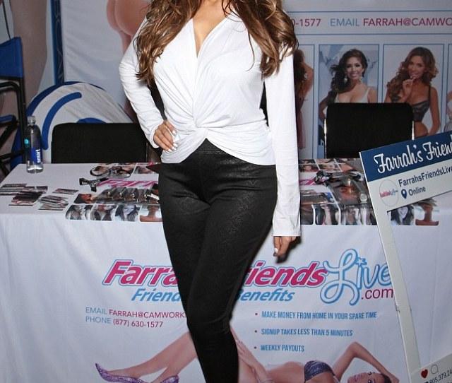 Farrah Abraham Took To Social Media To Hit Back At The Entire Kardashian