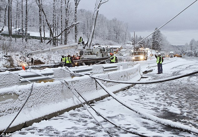 NORTH EAST: A snow storm in Philadelphia on Wednesday sent a utility pole crashing down on a highway