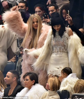 So Much Love For Kanye: The Kardashians/Jenner,Anna Wintour,Jay Z,Naomi Campbell At Yeezy Season 3 Fashion Show