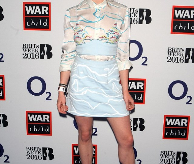 Maisie Williams Transformed Into A Mini Fashionista As She Stripped Off To