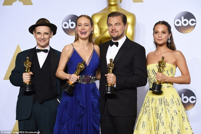 Class of 2016: Mark Rylance, Brie, Leo, and Alicia Vikander posed backstage after winning in the acting categories