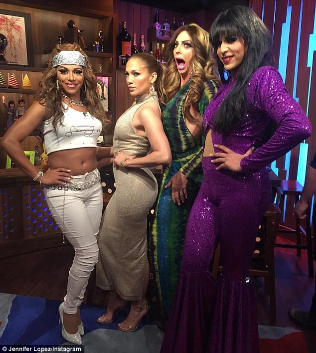 Jennifer Lopez judges doppelganger drag queen contest on