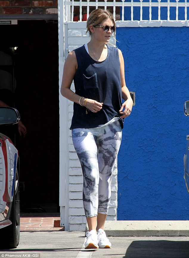 Practice makes perfect! Mischa Bartondonned a pair of leggings and a slouchy blue tank top as she strolled through the parking lot just outside of the DWTS dance studio in Hollywood on Saturday