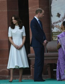 Kate Middleton Reveals -pedicured Toes With Prince