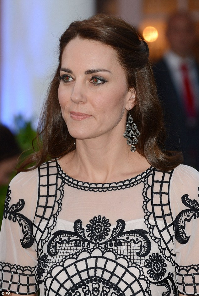 How To Recreate Kate Middletons Hairstyles From Her Tour