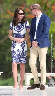 Kate looked effortless cool in a pretty white and blue dress by Indian designer Naeem Khan