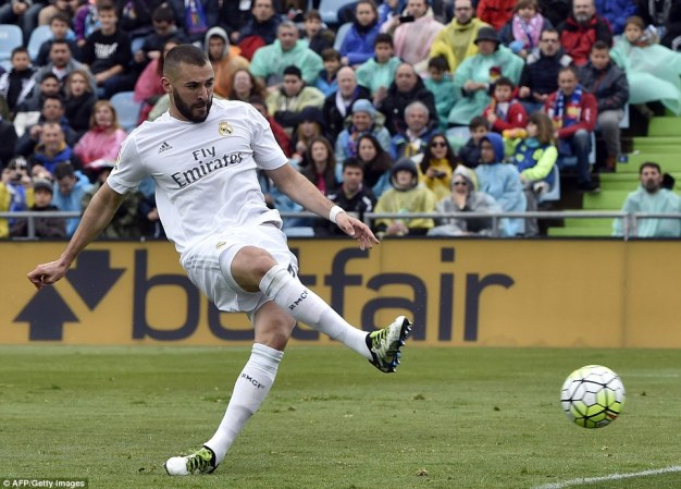 Striker Karim Benzema gave Real Madrid the lead on the half-hour mark after meeting a perfect cross from James Rodriguez