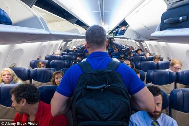 Los viajeros que no pagan una cuota por adelantado selección pueden encontrarse en uno de los peores asientos