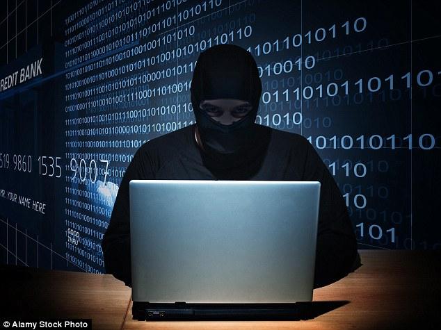 Amenaza: Una teoría es que los piratas informáticos están ganando acceso a las cuentas de los usuarios móviles y hacer llamadas fraudulentas en sus nombres