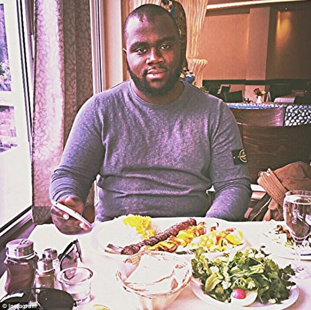 """Sarfo, en la foto, está pendiente de juicio en Alemania por delitos de terrorismo.  Dijo que dejó ISIS verano pasado debido a su """"interpretación extrema"""" de la sharia"""