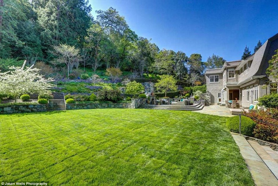 Grateful Dead Bassist Phil Leshs Stunning California Home Goes On Sale For 103million Daily
