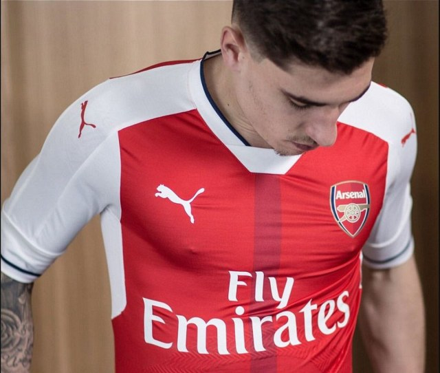 Bellerin Took To Twitter To Show Off His Kit To The Fans And Said