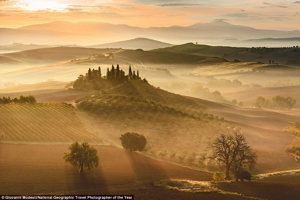 One of the most breathtaking captures in the contest so far is this mesmirising image of a beautiful sunrise in Tuscany, entered byGiovanni Modesti