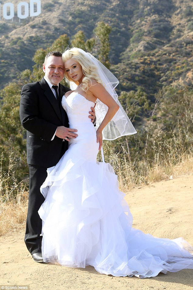 Pregnant Courtney Stodden Renews Her Vows With Husband