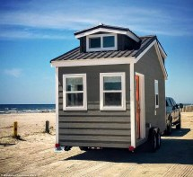 Tiny 3-Bedroom Homes On Wheels