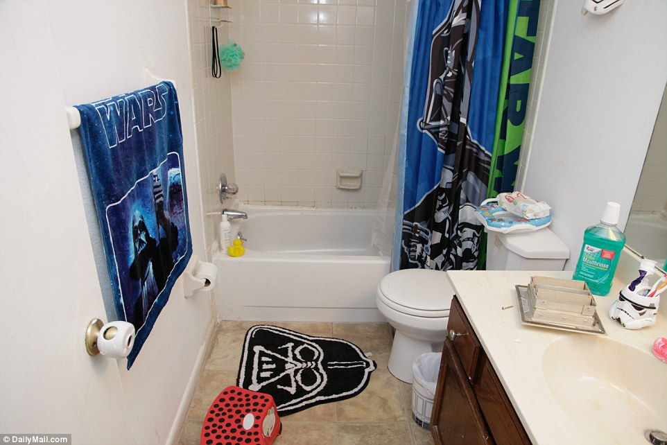 Orlando shooter Omar Mateens home has Star Wars themed bathroom  Daily Mail Online