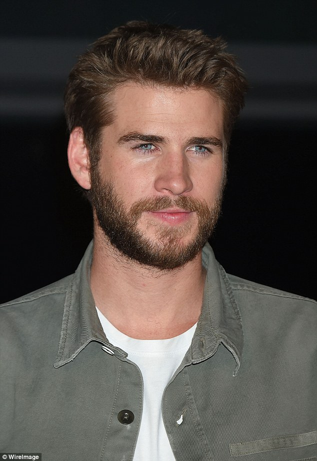 Liam Hemsworth Looks Fresh Faced At Independence Day