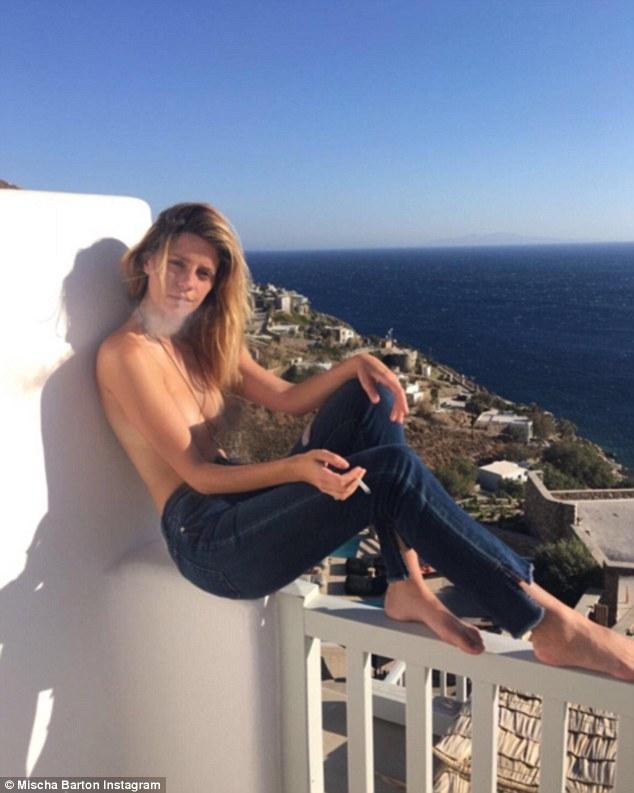 mischa barton topless foto