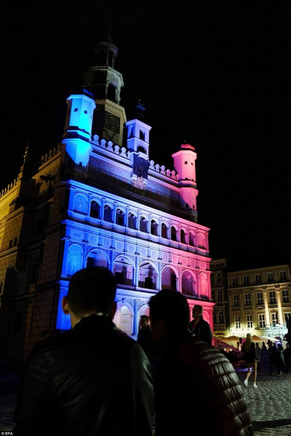 Nice Attacks Remembered World Buildings Light In