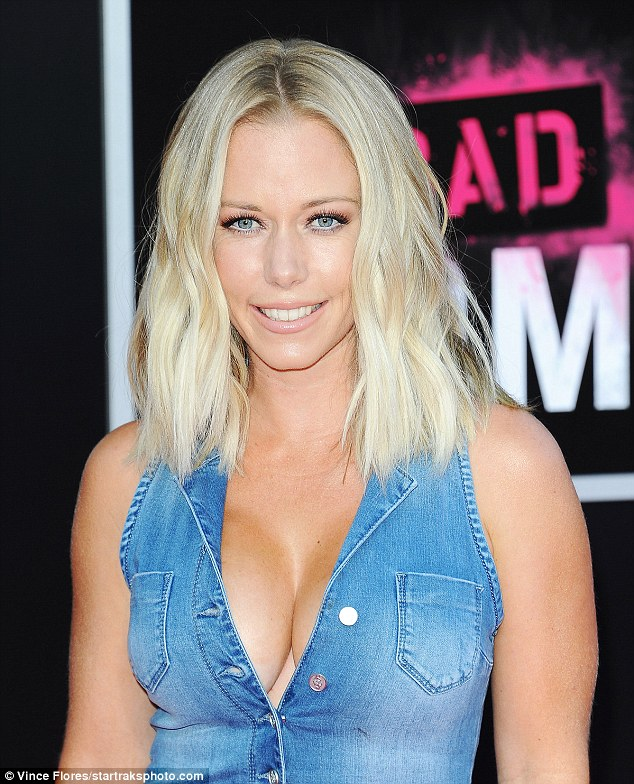 Kendra Wilkinson Gets Hands On With Pal Jessica Hall At Bad Moms Premiere