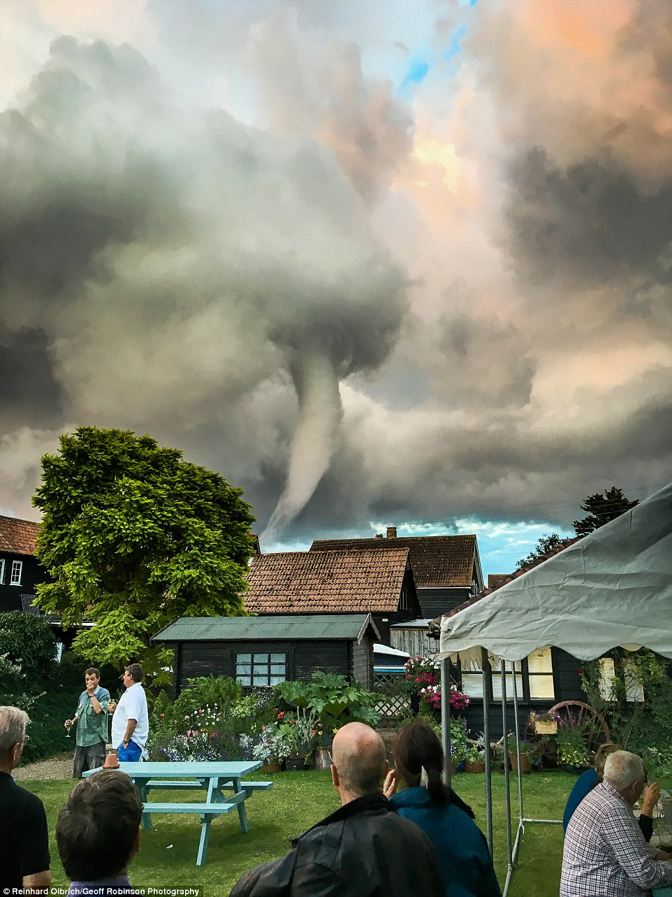 https://i0.wp.com/i.dailymail.co.uk/i/pix/2016/07/31/14/36BF41A400000578-0-Reinhard_Olbrich_took_this_remarkable_picture_of_the_twister_fro-m-62_1469973560872.jpg