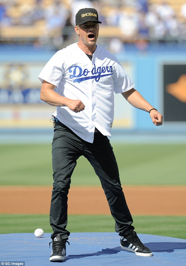 Fergie and Josh Duhamel take twoyearold son Axl to LA Dodgers game  Daily Mail Online